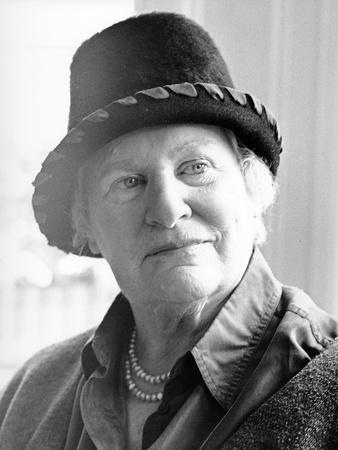 Diana Athill, 2000