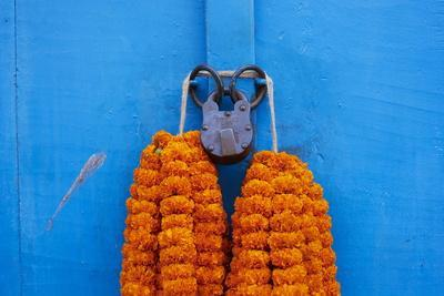 Door, Padlock and Flower Garlands, Kolkata (Calcutta), West Bengal, India, Asia
