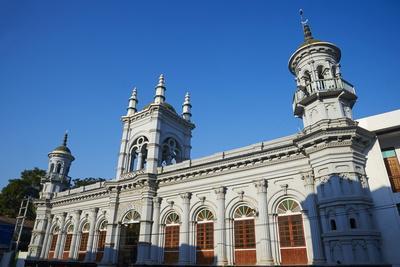 Mosque, Mawlamyine (Moulmein), Mon State, Myanmar (Burma), Asia
