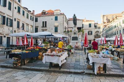 Dubrovnik Market (Gundulic Fruit Market) in Gundulic Square, Dubrovnik, Dalmatia, Croatia, Europe