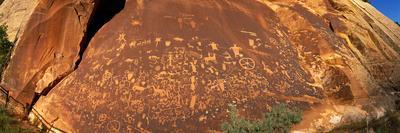 Ancient Petroglyphs at Newspaper Rock Utah USA