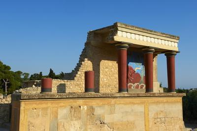 King Minos Palace, Minoan Archaeological Site of Knossos, Crete, Greek Islands, Greece, Europe