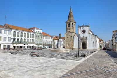 Church of St. John the Baptist and Republic Plaza, Tomar, Ribatejo, Portugal, Europe