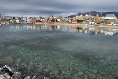 Greenland, Disko Bay, Qaasuitsup, Saqqaq. Harbor view of Saqqaq.
