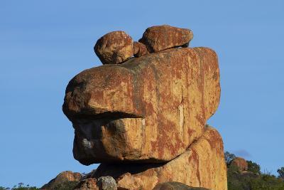Frog-shaped rock, Big Cave Camp, Matopos Hills, Zimbabwe, Africa