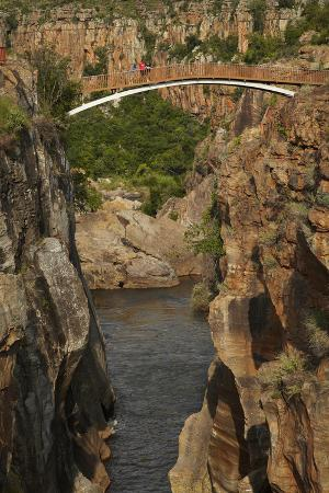 Footbridge over Blyde River, Blyde River Canyon Reserve, South Africa