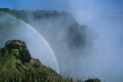 Zambia, Mosi-Oa-Tunya National Park, Rainbow over Victoria Falls