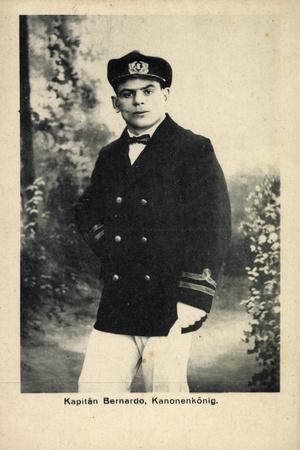 Kapitän Bernardo, Kanonenkönig, Portrait, Italien