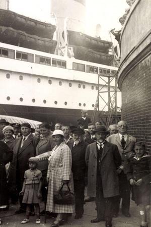 Foto Cuxhaven, Dampfer Albert Ballin, 1934, Passagiere
