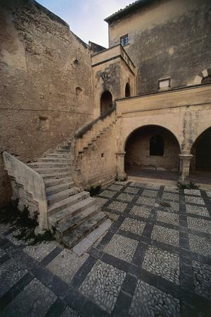 Italy, Sicily, Syracuse, Medieval Courtyard