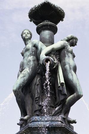 Female Figures, Fountain in Place De La Bourse, Bordeaux, Aquitaine, France