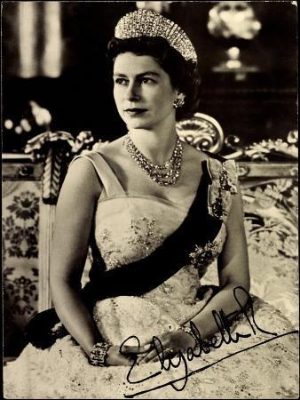Königin Elisabeth Ii Von England, Juwelen, Krone