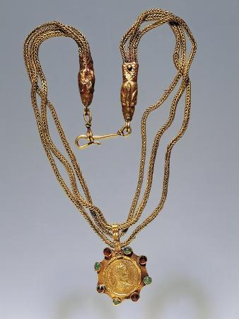 Gold and Precious Stone Necklace with Medallion Portraying Caracalla, from Nikolaevo, Bulgaria
