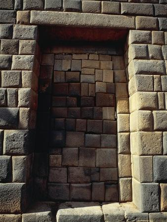 Peru, Cuzco, Inca Archaeological Site, Door of Acllahuasi or Convent of Virgins of the Sun
