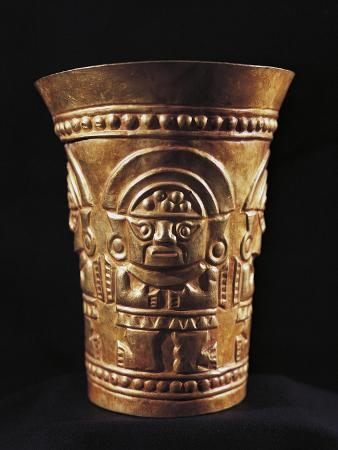 Vase Decorated with Figure of Naymlap, First King of Lambayeque, Gold, Peru