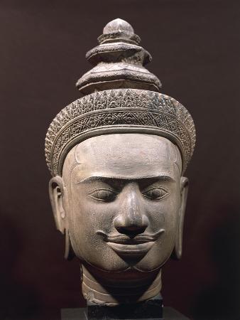Vishnu's Head, Bakheng-Style Stoneware Sculpture, from Phnom-Bok, Cambodia