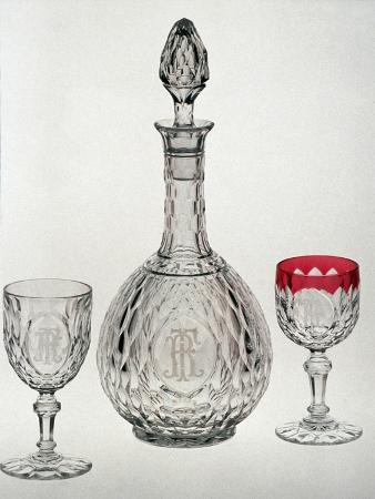 Carafe and Glasses from Eliseo Service in Blown Crystal, Engraved with Wave Motifs and Etchings