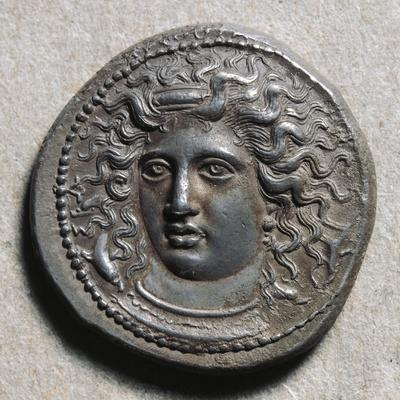 Silver Tetradrachm Depicting Gorgon, from Syracuse, Ancient Greek Coins, 5th Century BC