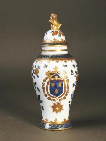 Porcelain Tobacco Box, Delft Porcelain