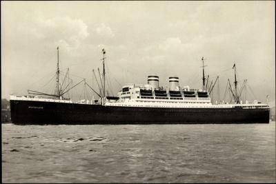 Hapag, Hochseedampfschiff Deutschland Im Hafen