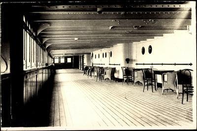 Foto Hapag, Dampfer Albert Ballin, Promenadendeck