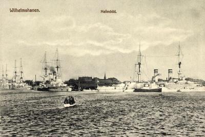 Wilhelmshafen Niedersachsen, Kriegsschiffe Im Hafen