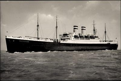 Hapag, Dampfschiff Deutschland Auf Hoher See