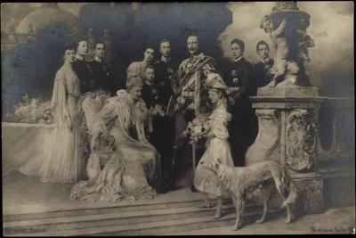Kaiserin Und Kaiser, Wilhelm Ii Mit Familie,Windhund