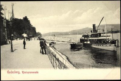 Godesberg Bonn, Dampfer an Der Rheinpromenade