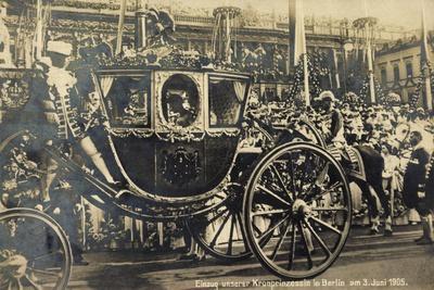 Einzug Der Kronprinzessin in Berlin 1905, Kutsche