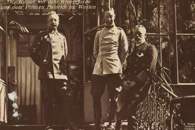Kaiser Mit Kronprinzen U Prinz Heinrich Im Westen