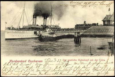 Cuxhaven, Westlicher Hafenkopf Mit Der Cobra,Dampfer