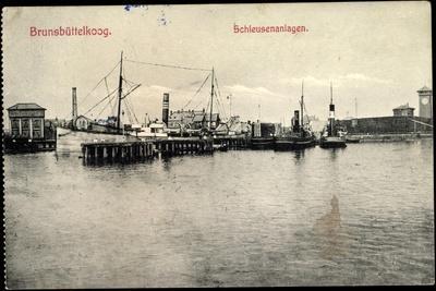 Brunsbüttel S. Holstein, Schleusenanlagen, Dampfer Fairplayn