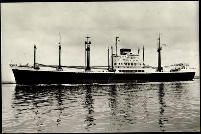 Nll, M.S. Banda, Niederländisches Dampfschiff