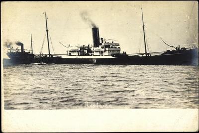 Foto Blick Auf Das Dampfschiff Ras Mora