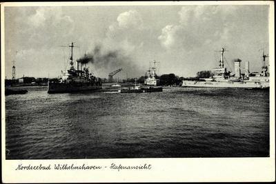 Wilhelmshaven, Blick Zum Hafen, Kriegsschiffe