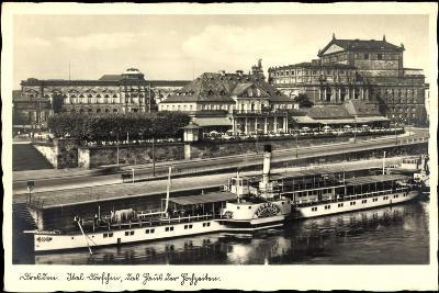 Dresden, Dampfer Pillnitz, Ital. Dörfchen, Café