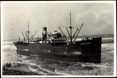 Foto Gestrandetes Dampfschiff Kerkplein, Zuschauer