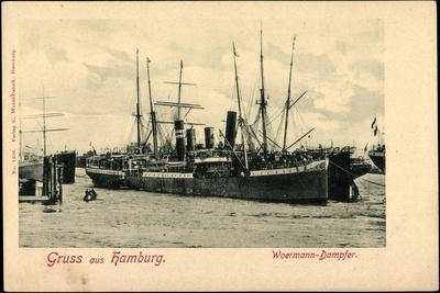Hamburg, Blick Auf Einen Woermann Dampfer Im Hafen