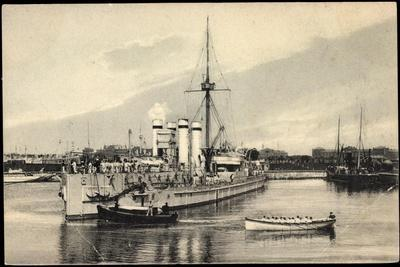 Belgisches Kriegsschiff Im Hafen,Besatzung,Ruderboot