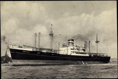 Hapag, Dampfschiff S.S. Soestdijk Am Hafen, Ort