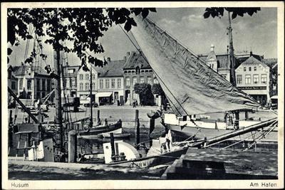 Husum, Partie Am Hafen, Segelschiff Kehrwieder