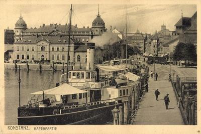 Konstanz Bodensee, Dampfer Im Hafen Liegend, Stadt