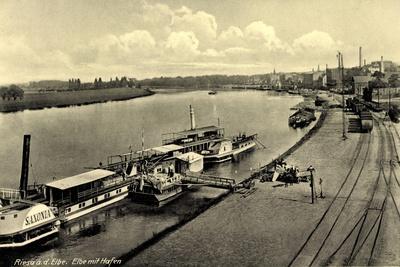 Riesa an Elbe, Dampferanlegestelle, Dampfer Saxonia