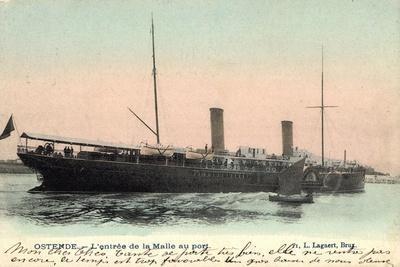 Ostende, L'Entrée De La Malle Au Port, Fährschiff