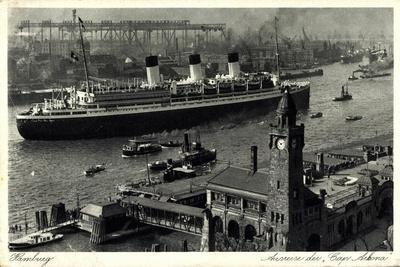Hamburg, Ausreise Des Dampfers Cap Arkona, Hafen