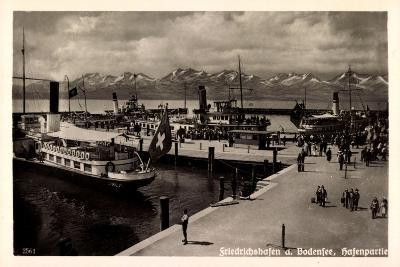 Friedrichshafen Bodensee, Dampfer Im Hafen, Gebirge
