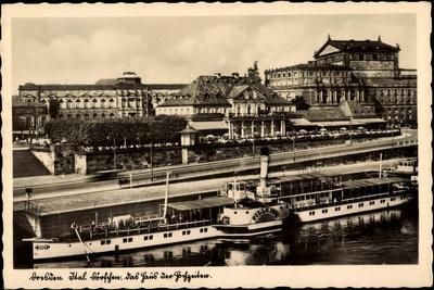 Dresden, Haus Der Hochzeiten, Dampfer Pillnitz