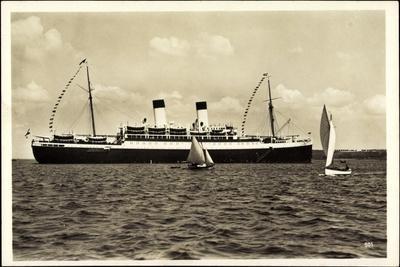 HSDG, M.S. Monte Sarmiento, Dampfschiff, Segelboote