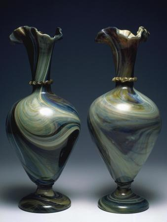 Chalcedon Vases with Tapered, Spherical Shaped Bodies, Flared Neck with Morisa